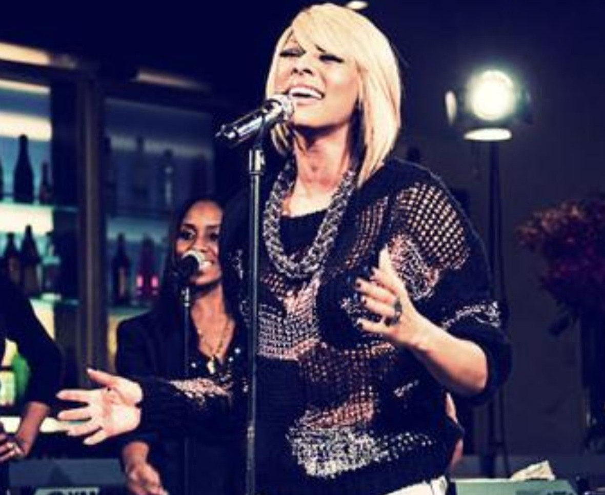 check out the miss keri baby s performance http c